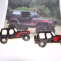 Jeep Cookies I deleted the last pic these are version 2 and MUCH better. they are shiny becuase I did not want to wait for them to dry before I took the...