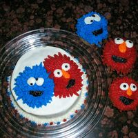 Elmo And The Cookie Monster Okay, I stole this idea from angiescakes, go look at hers they are wonderful lol! I wanted to practice so I just did elmo and the cookie...