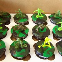 Camo Cupcakes   These were so much fun to make. All bc...toy men.