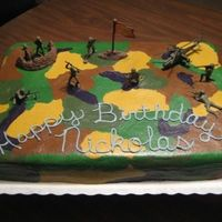 Army Scene   Did this for a friend's son. It is half and half with BC icing. The camo was so much fun to do !