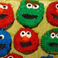 Sesame Street Cookies I saw these on Cinda's Creative Cakes. I just thought I would try a few.