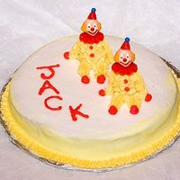 Clown Cake, Wilton Course I   This cake turned out cuter than I thought it would.