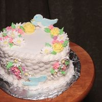 Course Ii Flower Basket Cake (With Birds)   This was my course II cake, lots of fun! Course III starts in January. This picture has the birds in it.