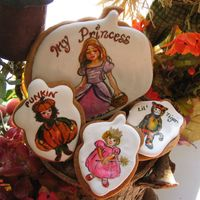 Hand Painted Cookie   Children in their halloween costumes.