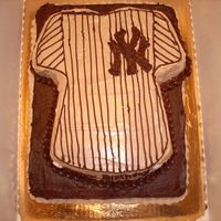 Dsci0768.jpg ny yankees baseball jersey...all chocolate...used wilton t-shirt pan...logo is a piping gel transfer