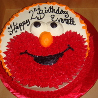 Elmo   Elmo star tipped onto the cake