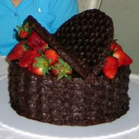 Chocolate Strawberries Cake