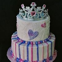 Princess design based on a cake made by fiasmama.