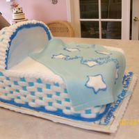 Boy Bassinet Bassinet for a babyshower with fondant blanket