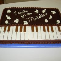 Keyboard Music Cake