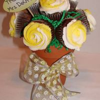 Thank You Teachers  My first cupcake bouquet thanks to cambo! It was really fun to do. Unfortunately my icing slide off of one cupcake when I delivered it -...