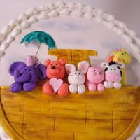 Noahs Ark   Topper for baby shower cake. Gumpaste and fondant.