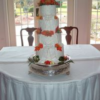 Fall Wedding Cake Real flowers. Fondant bows and pearls.