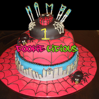 Spiderman inspired by many of the great cakes here at CC! thank u every one ;)
