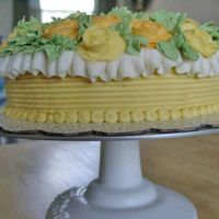 Yellow Roses, Side View   Birthday cake for a friend, buttercream