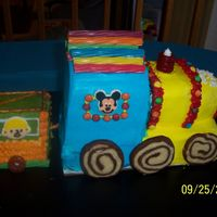 Train train cake with cars