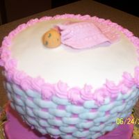 Fondant Baby And Blanky topper for the butterflies and ladybug cake
