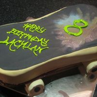 Skateboard Didn't go quite to plan.. am probably the worst at executing 3D cakes! my nephew is into skateboarding and graffiti art... so tried to...