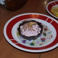 Marshmellow Decert Marshmellow in chocolad decorated with chocolad and cashew
