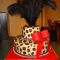 Leopard Baby Shower Cake I know, a little different for a baby shower cake, but it was made to match the invitations! The mom-to-be wanted to turn up the wow factor...