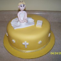 Grace's First Communion   All fondant. Inspired by the fabulous Lorraine McKay.