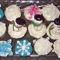 Holiday Cupcakes This is a photo of a few cupcakes that I made for a holiday potluck. I am new to cake and cookie decorating but enjoy looking and getting...