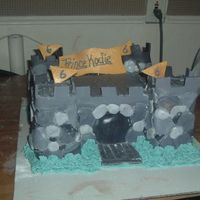 Castle Cake Here is a 3d castle cake that I made for a friend of mine