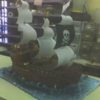 Pirate Ship   Serves about 125. All done free hand, all edible exept for sails and dowels.