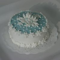 All Fondant Decoration With Royal Dots