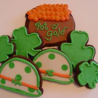 St Pat's Day Cookies a variety of icings