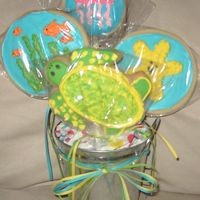 Pict0962.jpg Turtle Cookie Bouquet for my sister's b-day. She loves turtles and thought this was awesome. Got a couple ideas from Bohemia, so...