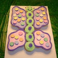 Butterfly Cupcake Cake Made this for a friend of mine who's a kindergarten teacher and took it to her class for her brithday. My first cupcake cake! It was...
