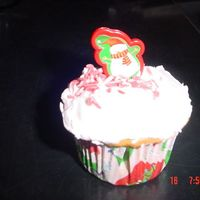 Cupcake Christmas Here is a cupcake I made for my Daughter's Christmas Party at school.....