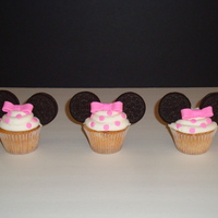 Minnie Mouse Cupcakes Minnie Mouse Cupcakes to match the cake topper for my daughter's 3rd b'day party.