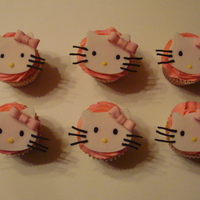 Hello Kitty Cupcakes Hello Kitty Cupcakes for 5 year old birthday girl.