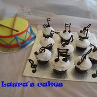 Musical Birthday Cake and cupcakes for a music themed party. Ideas taken from cakes here. Thanks for the inspiration!