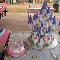 Big And Little Princess Cake   This picture shows the smash cake with a tiara on it for her smash cake