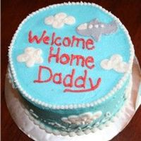 Welcome Home Daddy Plane Cake I MADE THIS FOR A FRIEND WHOSE HUSBAND WAS RETURNING BACK FROM IRAQ. THEIR SON WAS ALMOST ONE YEAR OLD, SO WE MADE IT WITH HIM IN MIND.