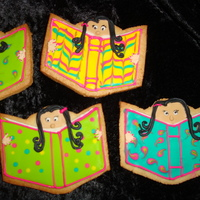 Reading My daughter wanted a cookie to show how much she loves to read, so we saw this on Polka Dot Zebra's flickr stream and decided to make...