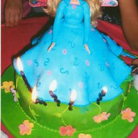 Barbie mud cake done into paradise barbie