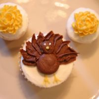 Turkey & Mum Cupcakes My husband asked me to make some Thanksgiving cupcakes for a meeting at his work tomorrow. These were all that I could come up with...