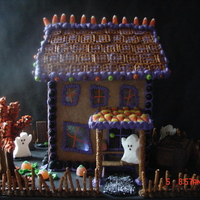 Haunted House Gingerbread