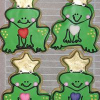 Frog Cookies I'm sorry but I have forgotten who I copied this design from. I had a copy of a photo stashed in my cookbook but it did not list where...