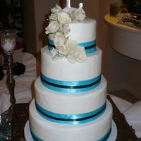 Turquoise & Black very simple design - buttercream icing