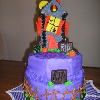 Haunted Again 2nd version of the Haunted House Cake.