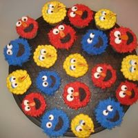 Sesame Street  More adorable sesame street cupcakes, I saw them on CC, and just had to omake them for my sons 2nd birthday. No matter how bad you make...