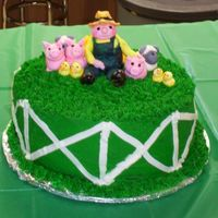 Darcy's Farm Cake My daughter is crazy about tractors, so we had a farm birthday party. Thanks to those of you here on CC who had some great suggestions for...