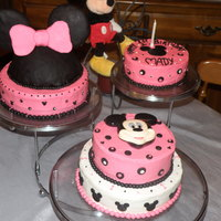 Minnie Mouse 1St Birthday Group of cakes for girl's first birthday