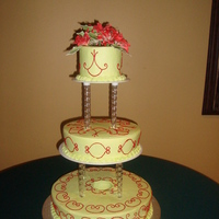 Navidad Almond cake with buttercream frosting