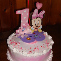 Minnie Bebe Dominican cake with pinapple filling